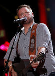 Randy Houser Ejects Fan From Concert