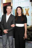 Peter Krause and Lauren Graham