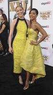 Elizabeth Banks In Talks To Direct New Charlie's Angels Film
