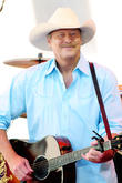 Alan Jackson Wants To Give Fans A Good Time At New Bar