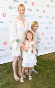 Kelly Rutherford Enjoys Lunch With Kids As Custody Fight Rumbles On