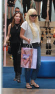 Amanda Bynes' Family Proud Of Actress Returning To Fashion School