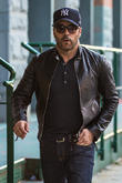 Jeremy Piven Angers Brits By Turning Down Drinks