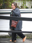 Kathy Burke Fends Off Robber