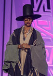 Erykah Badu Under Fire For Skirt Length Comments