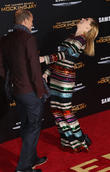 Woody Harrelson and Elizabeth Banks