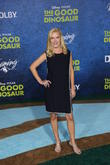 The Office Star Angela Kinsey Marries Soap Star Beau