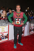 Michael Shannon Tricked Into Wearing Christmas Sweater For The Night Before Premiere