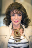 Joan Collins Embarking On New U.k. Tour