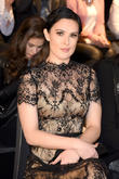 "Rumer Willis Accuses Vanity Fair Photographers Of ""Bullying"" For Photoshopping Her Chin"