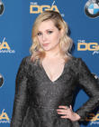 Abigail Breslin Weighs In On Kim Kardashian Nude Row