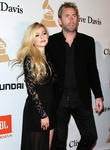 Avril Lavigne And Chad Kroeger Prove They're Still Friends With Surprise Duet