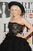 Kylie Minogue Reunites With Neighbours Co-star Guy Pearce For Movie