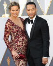 Chrissy Teigen	 Shares Super Cute Pic Of John Legend And Daughter Luna