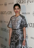 Freida Pinto Struggling With First Production Project