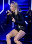 Ellie Goulding To Leave Music After Love Split