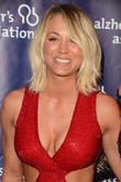 Kaley Cuoco Became A Total Fangirl When She Met Jennifer Aniston