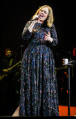 Adele's Fiance Simon Konecki Springs Love Note Confetti Surprise At Gig