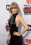 Taylor Swift Earns $400k In Two Weeks Since Return To Streaming