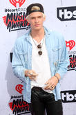 Cody Simpson Chips Tooth Before Iheartradio Awards