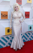 Dolly Parton Reveals Secret To Her 50 Year Marriage