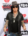 Nikki Sixx Unfollowed Bandmate On Twitter The Day After Motley Crue Finale