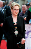 Meryl Streep Shocked Unsuspecting Extras With Bad Movie Singing