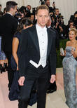 Tom Hiddleston Surprised By Viral Dance Video With Taylor Swift
