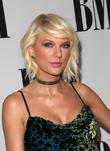 Taylor Swift Turns Up For Jury Duty In Tennessee - Stuns Fans