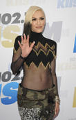 Gwen Stefani Offers Adam Levine Baby Advice