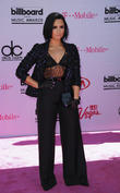 Demi Lovato Is Back On Twitter Just 24 Hours After Quitting It
