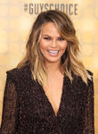 Chrissy Teigen Calls Out Piers Morgan After His Response To Jennifer Aniston's Op-Ed