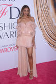 Ciara To Design Her Own Wedding Dress