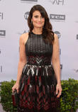 Idina Menzel Announces Engagement To Boyfriend Aaron Lohr