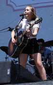 Madison Marlow at Chevrolet River Front Stage