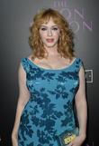 Christina Hendricks Racing Back To New York For Thanksgiving