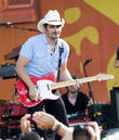 Brad Paisley Lands Country Music Hall Of Fame Exhibit
