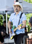 Brad Paisley Played Wedding Singer For Country Star Pal