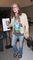 Steven Tyler & Jim Carrey Ring In 2017 With Alice Cooper