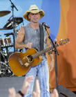 Kenny Chesney Surprises Guests With Kid Rock Duet