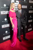 Rosie Huntington-Whiteley Expecting First Child With Jason Statham