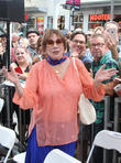 Shirley Maclaine To Be Honoured By Texas Film Hall Of Fame