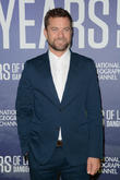 Newly Single Joshua Jackson Is Struggling With Modern Dating Scene