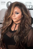 Jesy Nelson Unfollows Fiancé Jake Roche On Instagram And Fans Freak Out