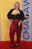 Elle King Upset By Worst-dressed List Mention