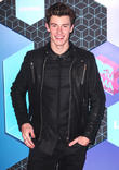 Shawn Mendes Turns Wedding Singer