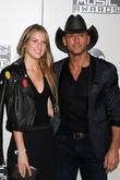 Tim Mcgraw Promised His Daughter He Wouldn't Dance At The Amas