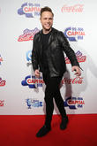 Olly Murs Struggles With Car Troubles