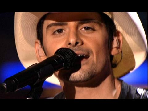 pictures of brad paisley shirtless. rad paisley shirtless photos