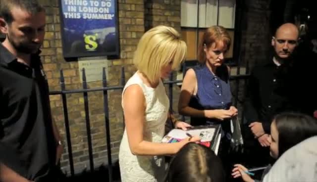 Pregnant Amanda Holden Leaves London's Theatre Royal